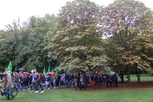 """Fridays for Future Auf dem Weg zur """"Grünen Lunge"""": Demo am 27.09.2019 im """"Günni"""" (Günthersburgpark Bornheim mit ca. 3000 TeilnehmernInnen"""