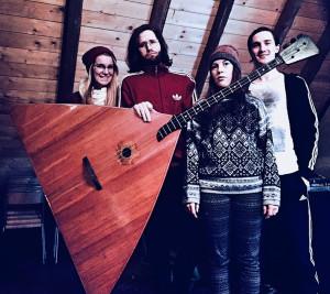 Lisa, Lennart, Salma & X = SALMA MIT SAHNE (v.l.n.r.)