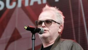 Herbert Grönemeyer auf 9.9. auf der Alarmstufe Rot Demo (Foto: news.de)